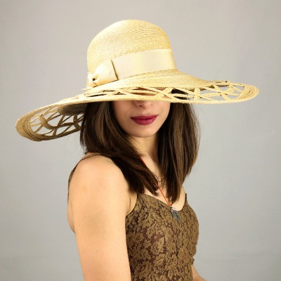 Cappelli Estivi Donna - Online la collezione ESTATE 2018 - Complit d247268101e0
