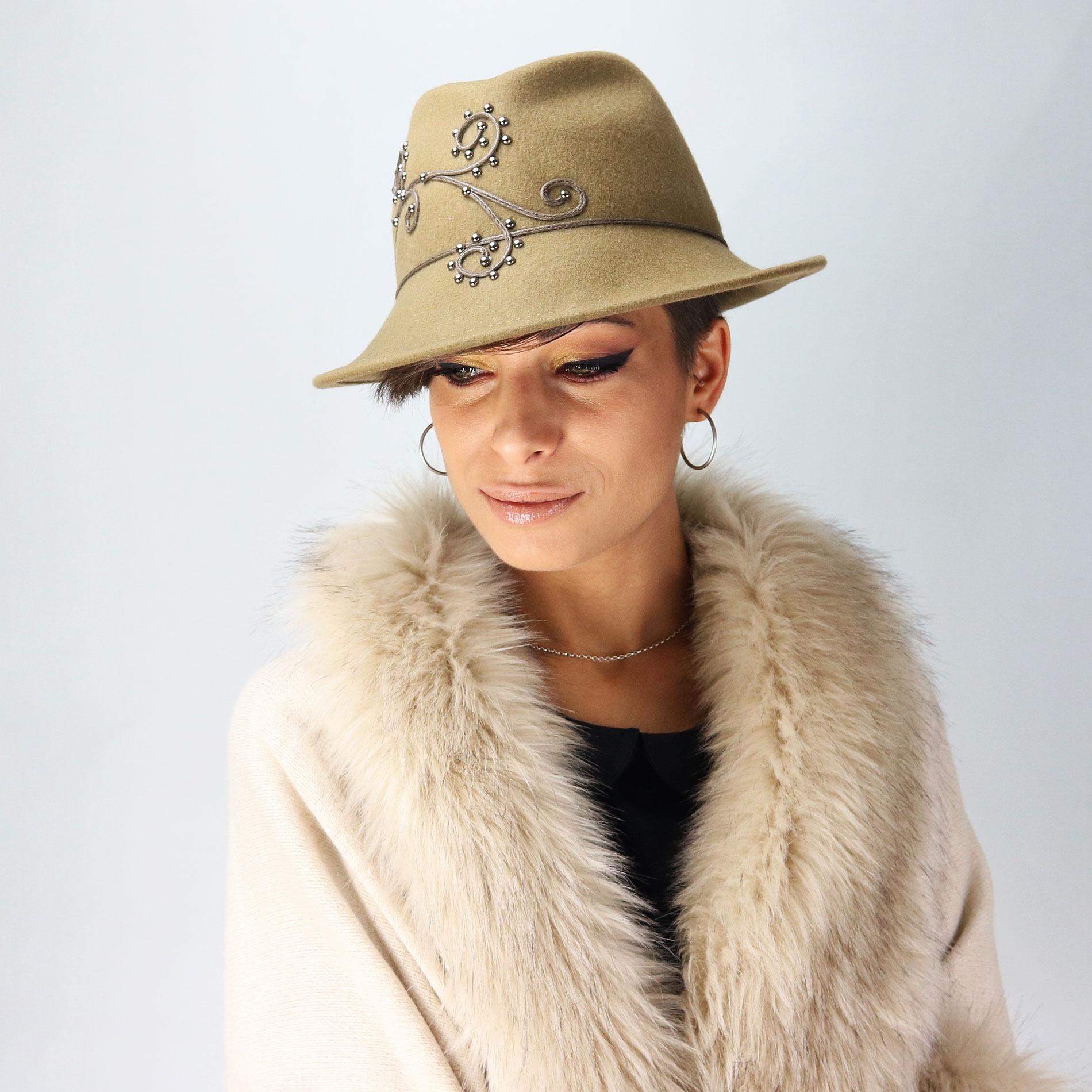 Fall winter collection - Women s borsalino hat in felt fabric 0ab3e7e2ecd6