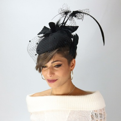 Cappelli e cappellini eleganti con veletta per cerimonia - Complit ae56454f0ed2